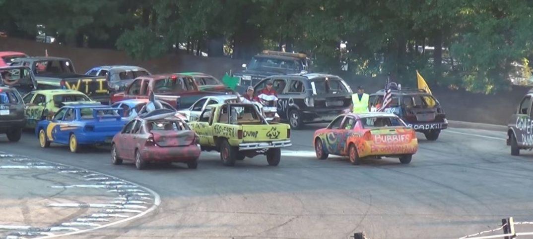 carrera de coches hacia atrás