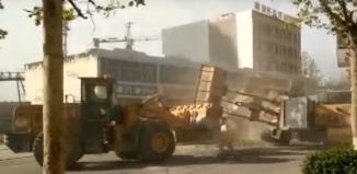 pelea de Bulldozers