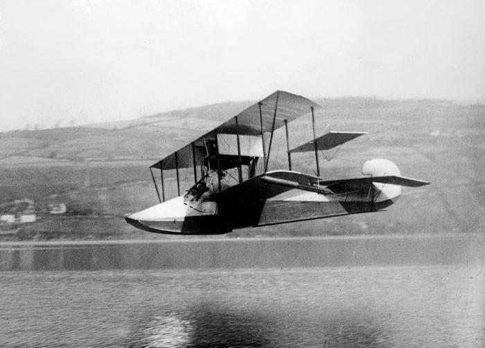 primer fliying boat (1280x919)