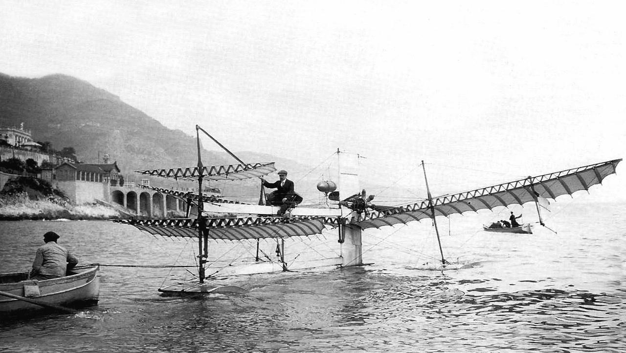 primer hidroavión construido en Francia en 1910
