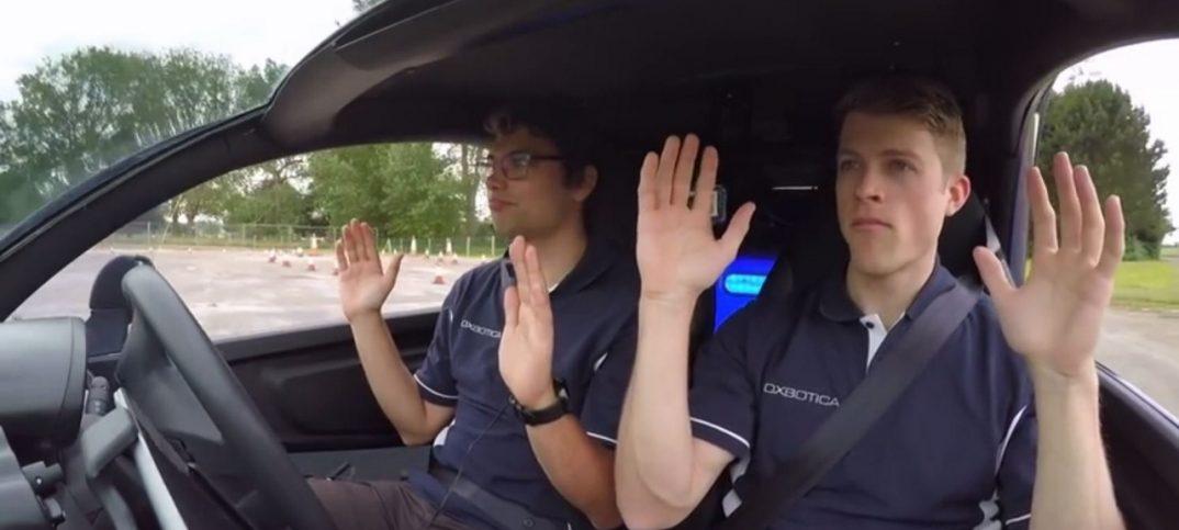software coche que se conduce solo
