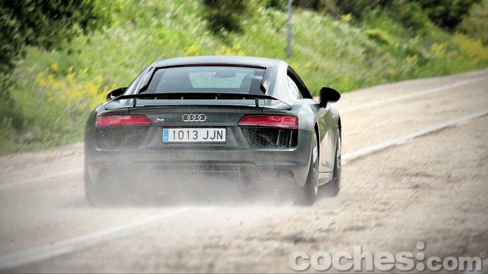 Audi_R8_V10_Plus_5.2_FSI_quattro_Stronic_095