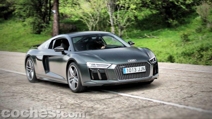 Audi_R8_V10_Plus_5.2_FSI_quattro_Stronic_103