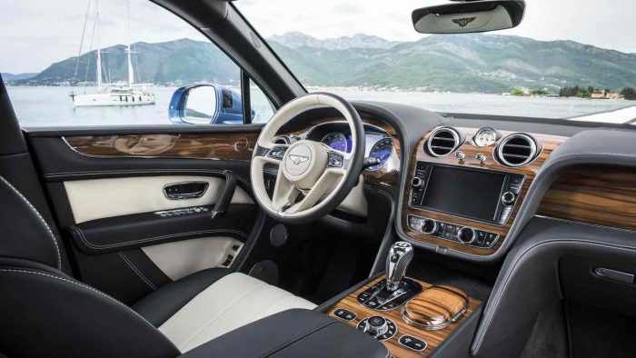 Bentley Bentayga Diesel 2017 interior - 1
