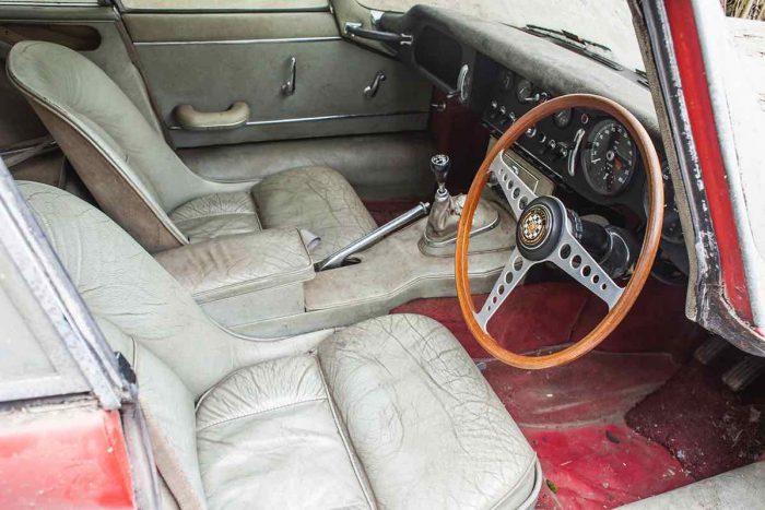 Jaguar E-Type 3.8 Coupe 1964 barn find - 5