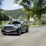 Mercedes-AMG GLC 43 4MATIC Coupé, Outdoor, 2016; Exterieur: Obsidianschwarz ;Kraftstoffverbrauch kombiniert: 8,4 l/100 km, CO2-Emissionen kombiniert: 192 g/km