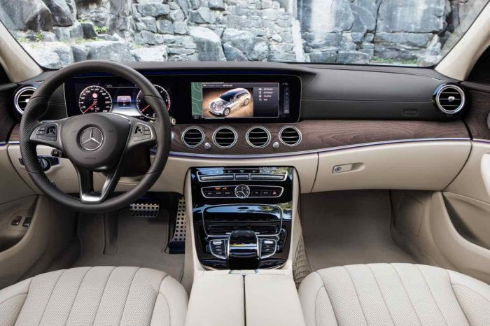 Mercedes Clase E All-Terrain 2017 interior
