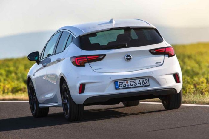 Opel Astra OPC Line Sport Pack 2016 05