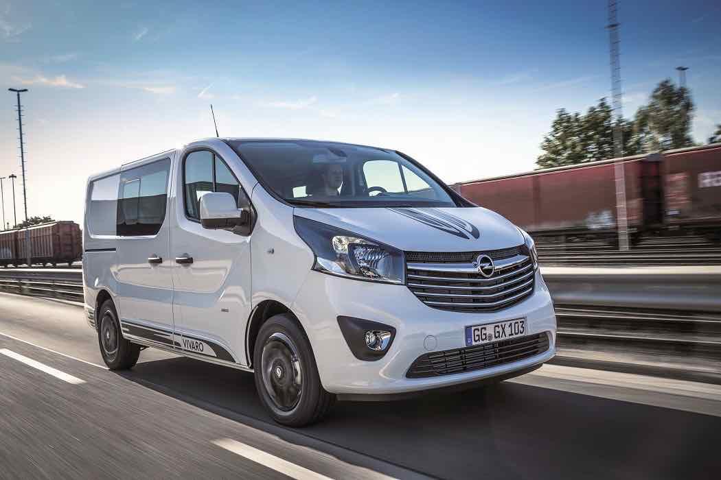 Opel Vivaro Sport 2016