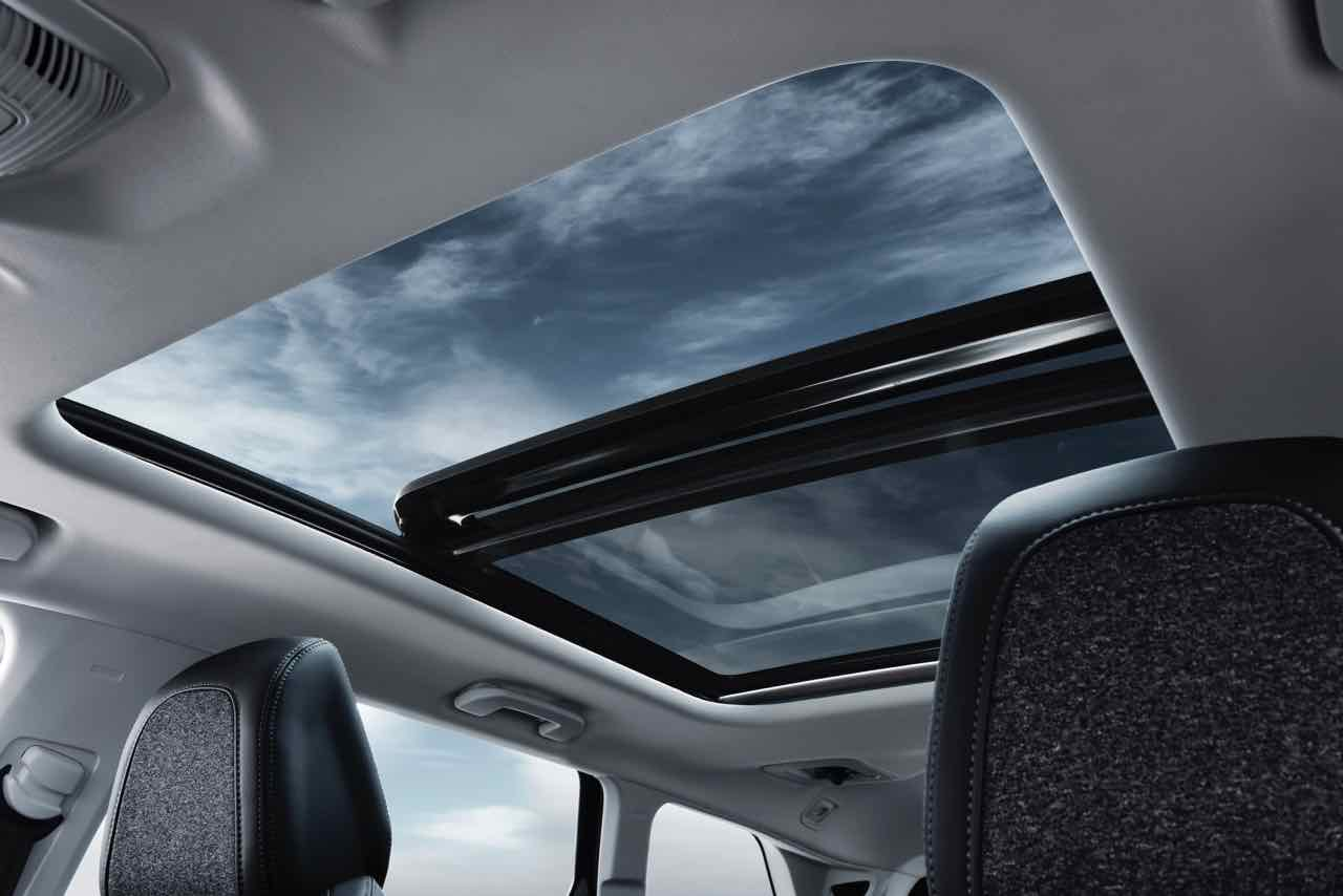 Allure Panoramic Glass Roof