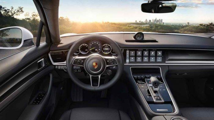 Porsche Panamera 2017 interior  - 1