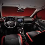 Renault Clio Sport Tourer 2017 interior - 1