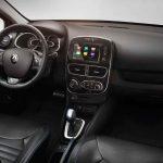 Renault Clio Sport Tourer 2017 interior - 4