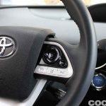 Toyota Prius 2015 interior prueba 06