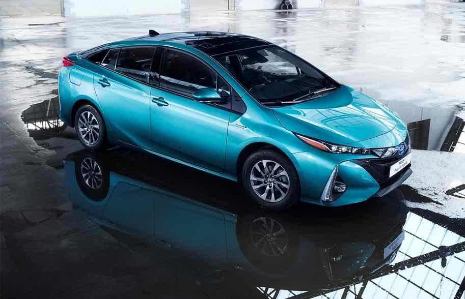 Toyota Prius Plug-In Hybrid 2017 – 1