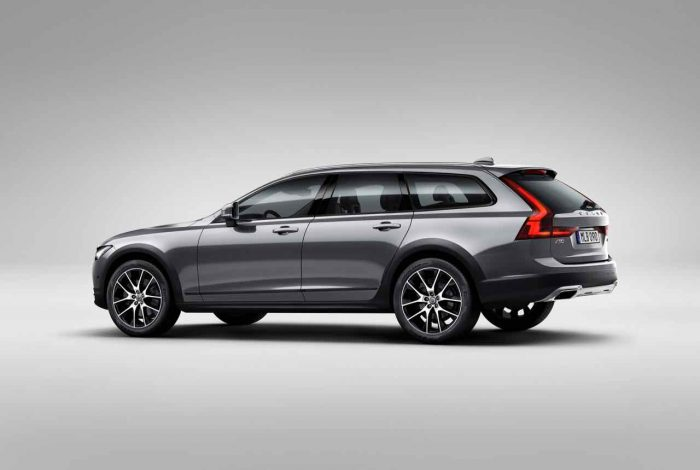 Volvo V90 Cross Country 2016 estudio