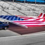 Chevrolet Silverado 2017 bandera USA gigante