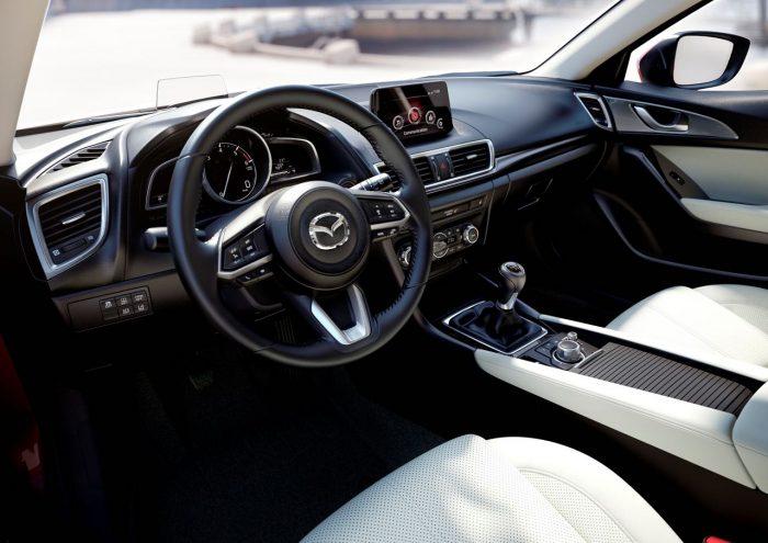 Mazda 3 2017 interior y tecnologia - 2