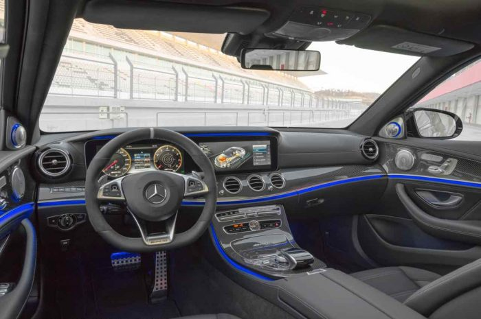 Mercedes-AMG E 63 S 4MATIC+ 2017, Interior