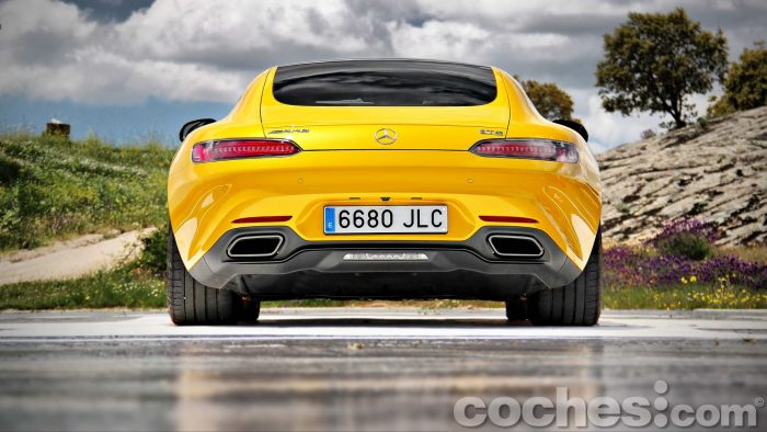 Mercedes-AMG_GT_S_002
