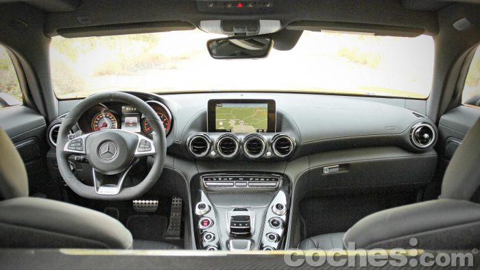 Mercedes-AMG_GT_S_024