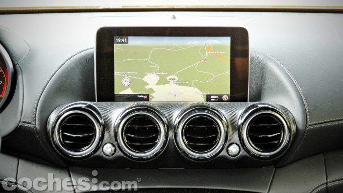 Mercedes-AMG_GT_S_025