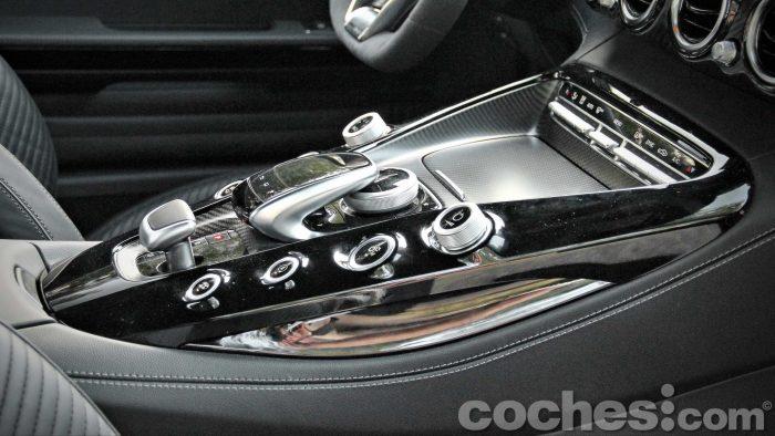 Mercedes-AMG_GT_S_031
