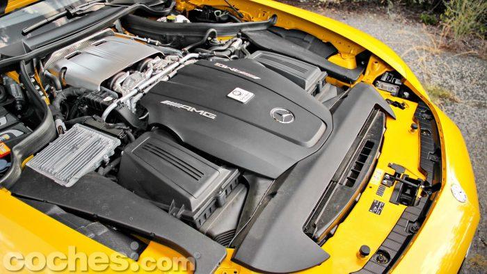 Mercedes-AMG_GT_S_051