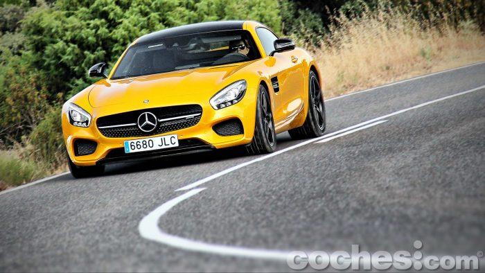 Mercedes-AMG_GT_S_065