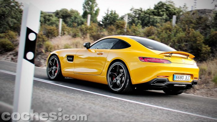 Mercedes-AMG_GT_S_070