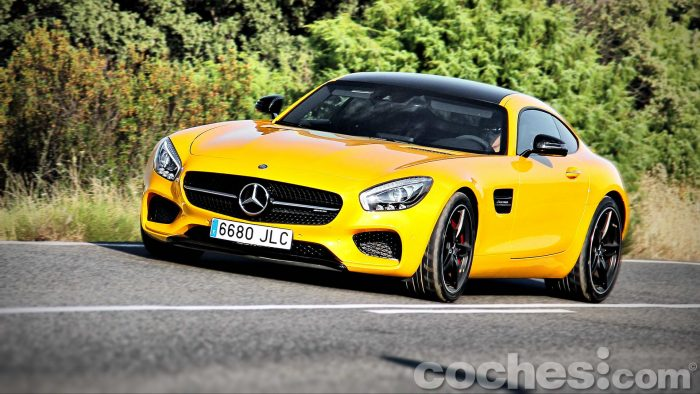 Mercedes-AMG_GT_S_075