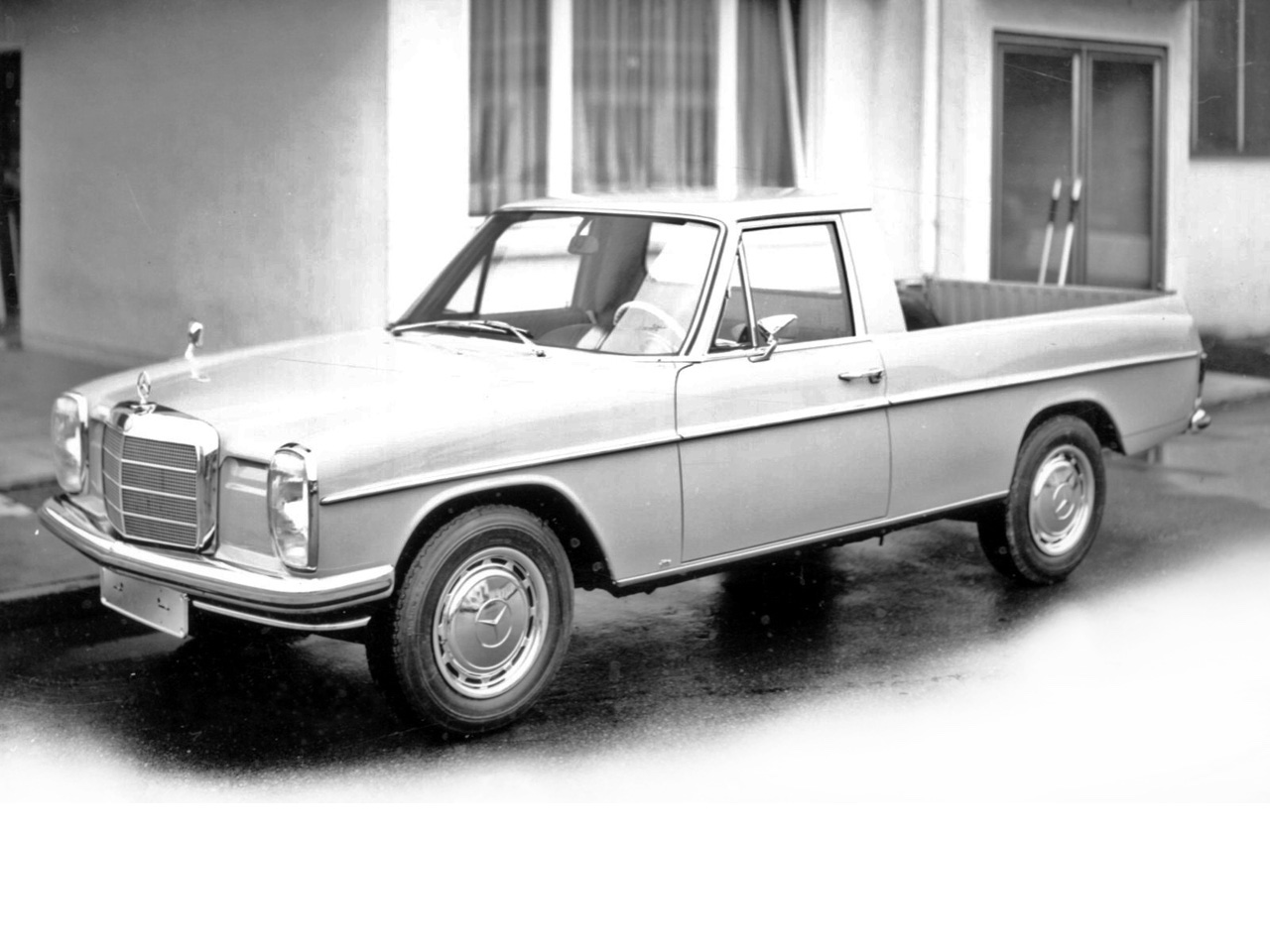 Mercedes 220d pickup la primera pick up de mercedes benz for Mercedes benz metairie la