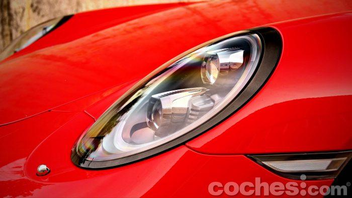 Porsche_911_Carrera_4S_028