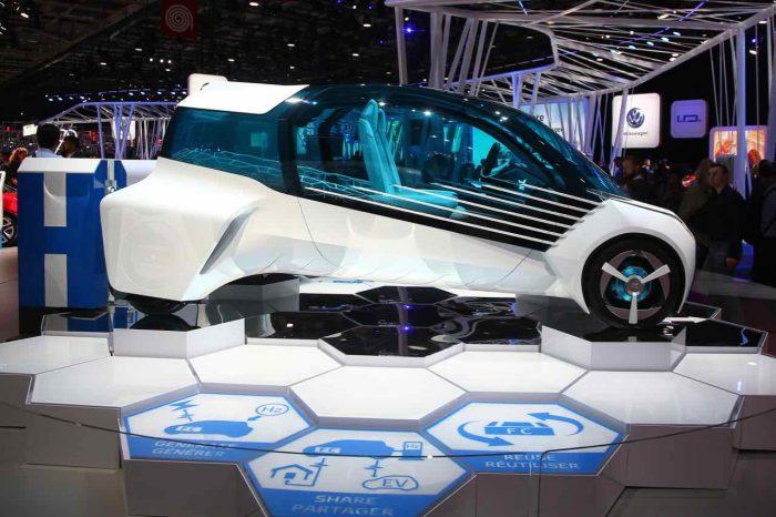 Toyota FCV Plus Concept 2016 Paris - 4