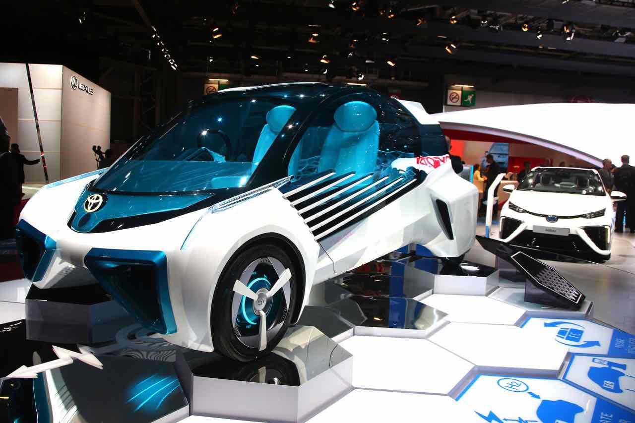 Toyota FCV Plus Concept 2016 Paris – 6