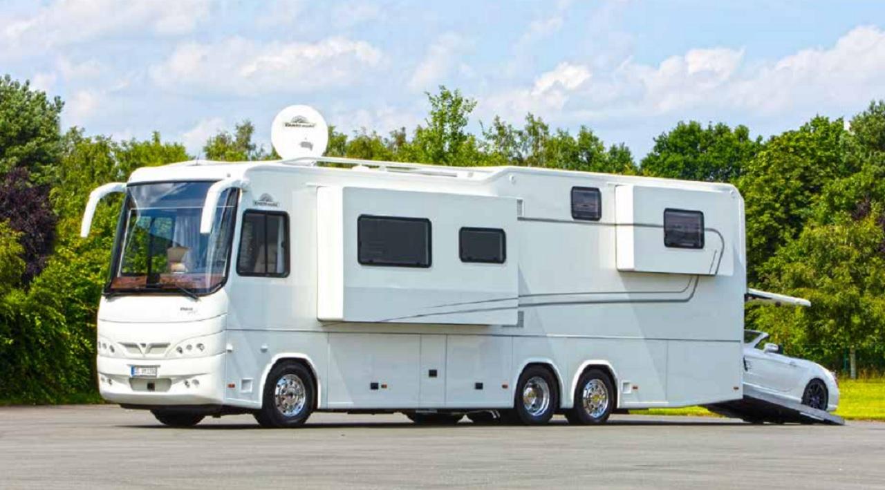 Mercedes Rv Van >> La caravana de lujo que sirve de garaje a tu deportivo