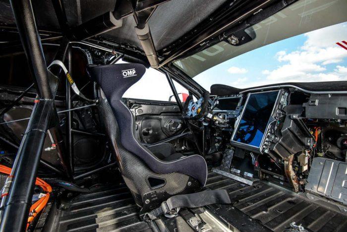 Interior de un Tesla P100D