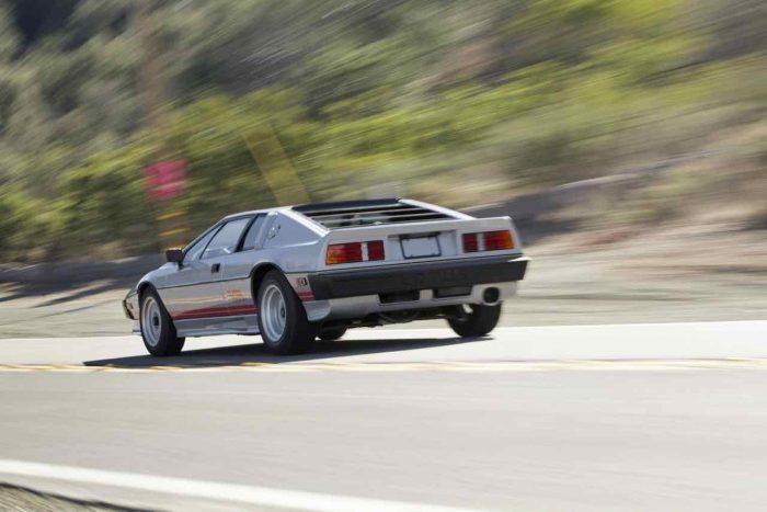 lotus-esprti-turbo-1983-21