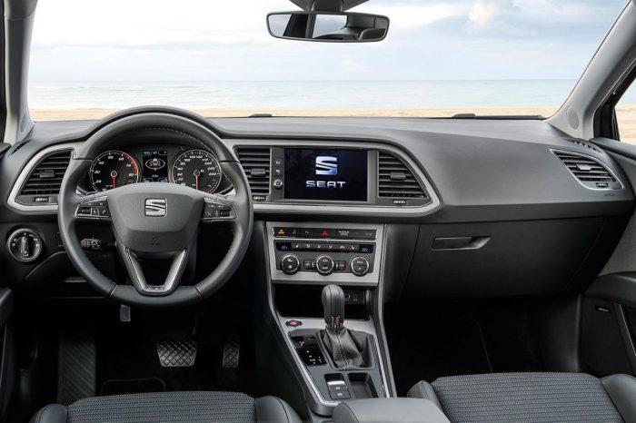 seat-leon-sc-2017-interior-2