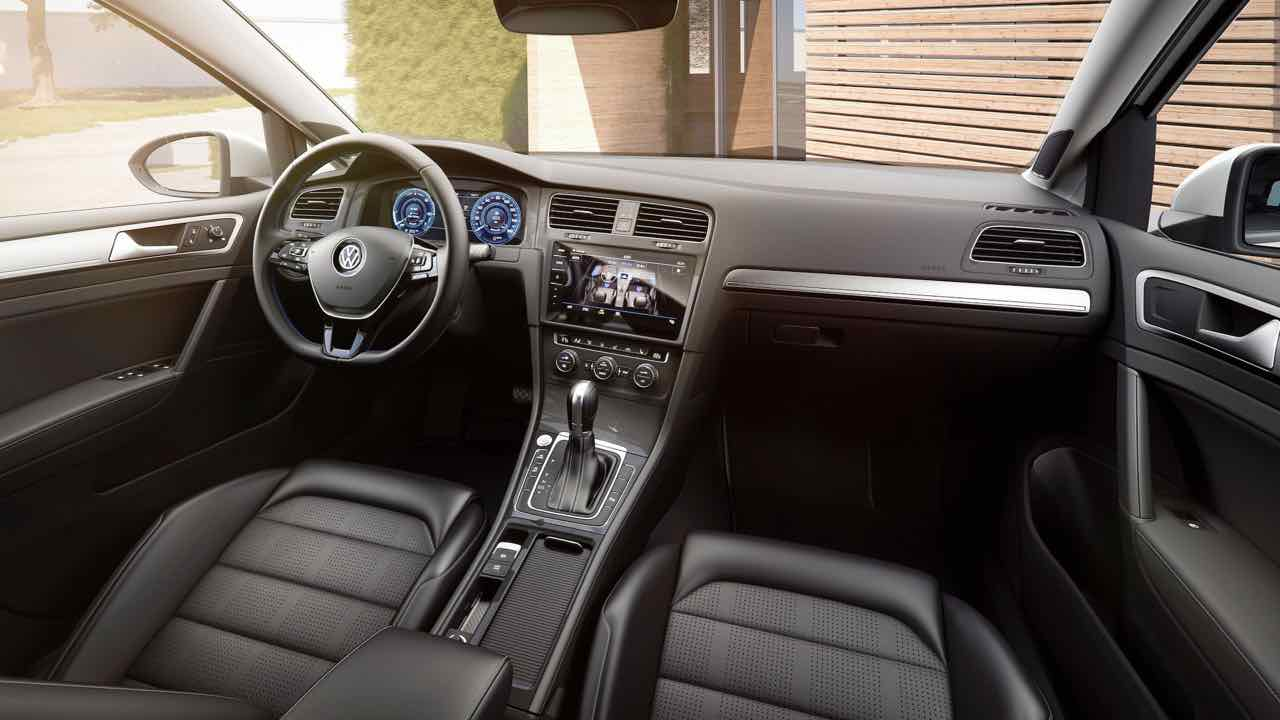 volkswagen e golf 2017 m s autonom a y potencia. Black Bedroom Furniture Sets. Home Design Ideas