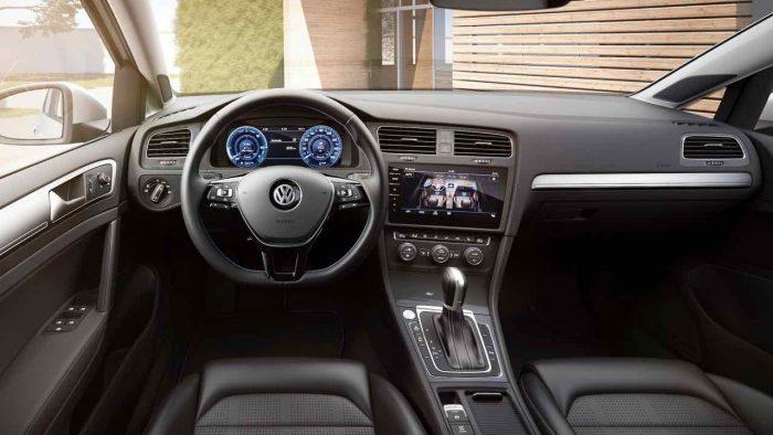 volkswagen-e-golf-2017-interior-2