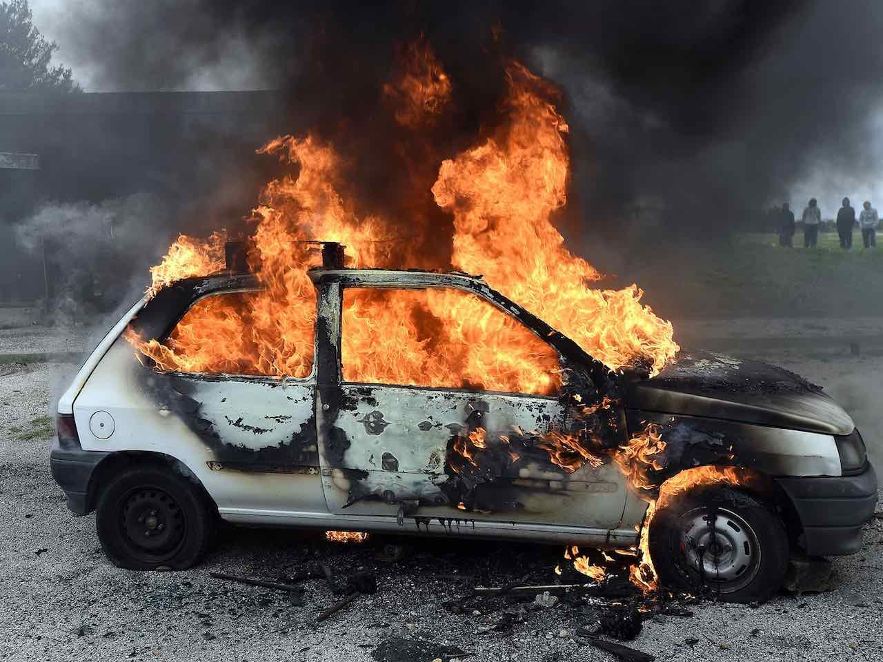Resultado de imagen de incendio coche