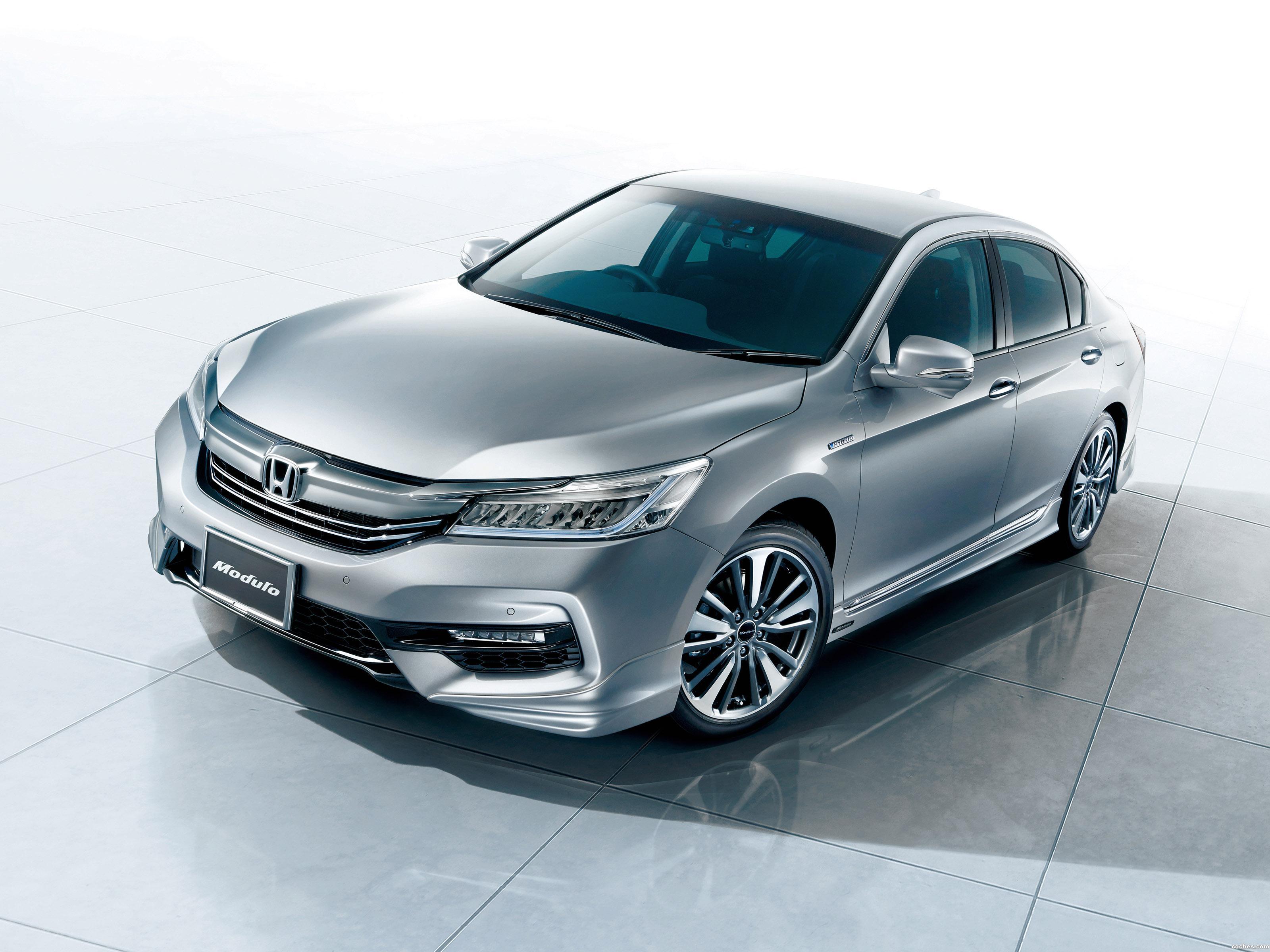 modulo_honda-accord-hybrid-japan-2016_r8.jpg