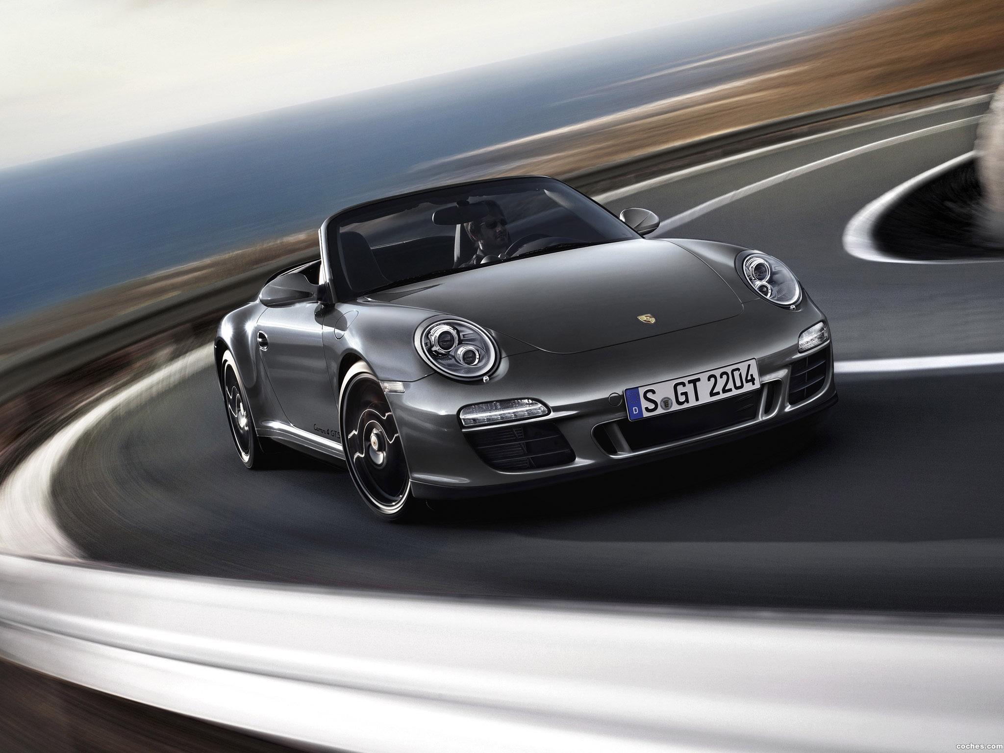 porsche_911-carrera-4-gts-cabriolet-997-2011_r7.jpg