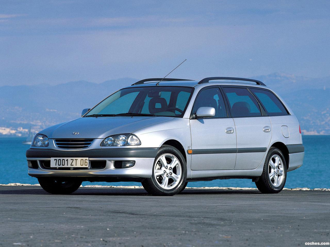toyota_avensis-wagon-1997-2000_r2.jpg