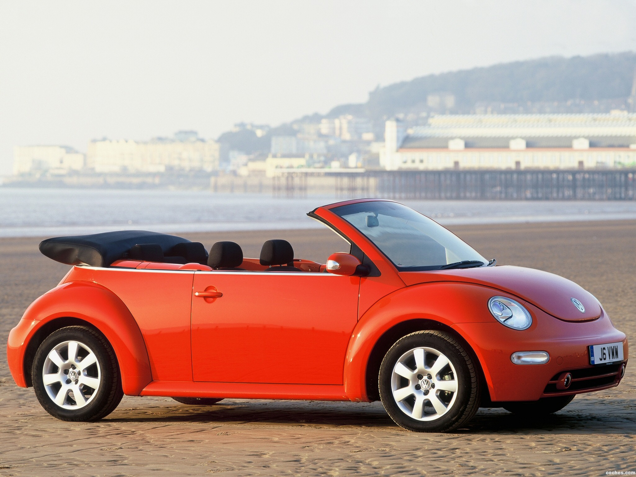 fotos de volkswagen new beetle cabrio 2000. Black Bedroom Furniture Sets. Home Design Ideas