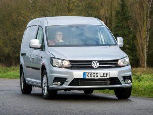 Volkswagen Caddy Maxi Kasten Highline UK 2015