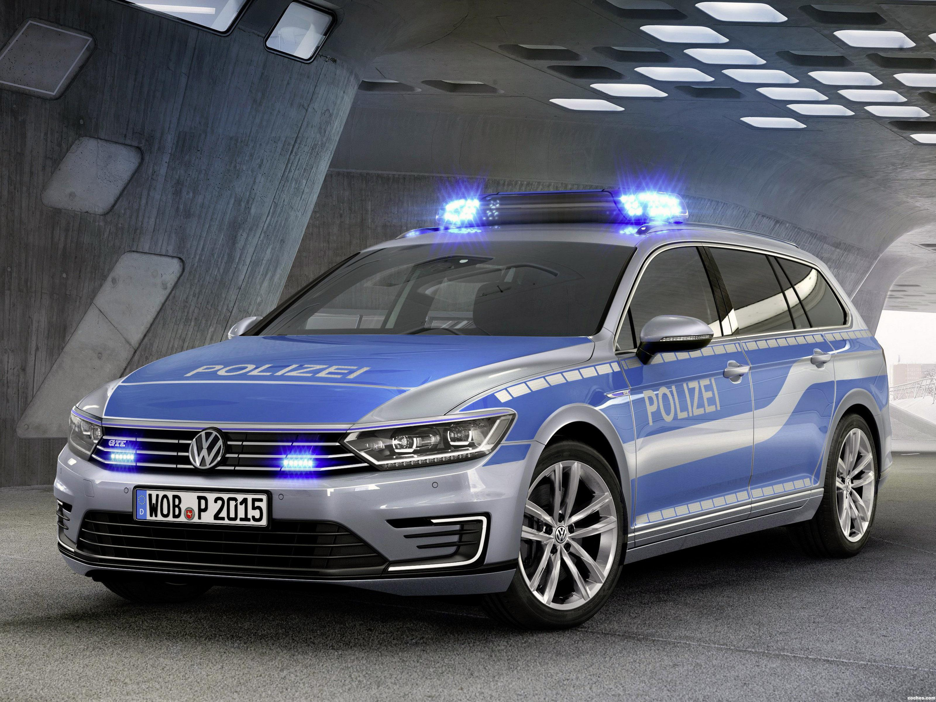 fotos de volkswagen passat variant gte plug in hybrid police car 2015. Black Bedroom Furniture Sets. Home Design Ideas