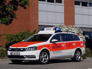 Notarzt Volkswagen Passat Variant 2011