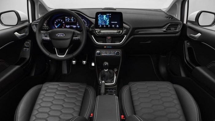 ford-fiesta-2017-interior-1